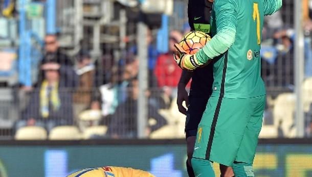 Serie A: tre gare a Rafael e Pavoletti
