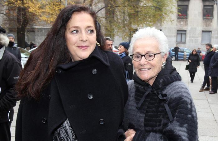 Rosita Missoni (destra) con la nipote  in occasione del funerale della stilista Krizia