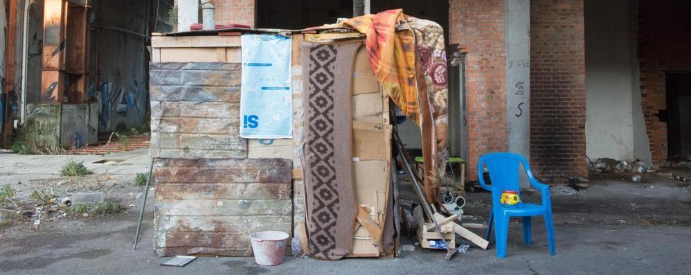 Molini Moretti, fra baracche e rifiuti Il quartiere: «Stanchi di aspettare» - Video