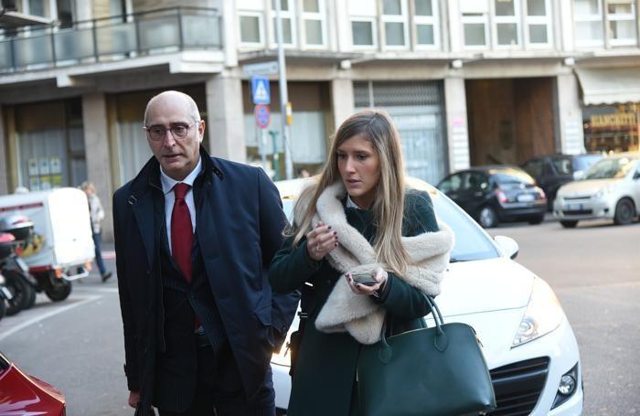 Udienza Bossetti, l'avvocato Salvagni con la figlia