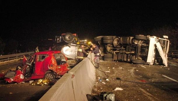 Tir fa 5 vittime, conducente arrestato