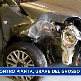 In auto contro albero, ferito gravemente il calciatore Del Grosso