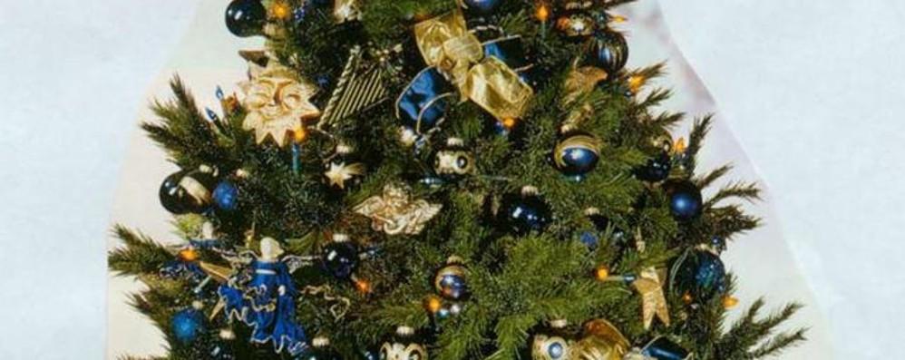 Attenzione all'albero di Natale 10 regole per una festa in sicurezza