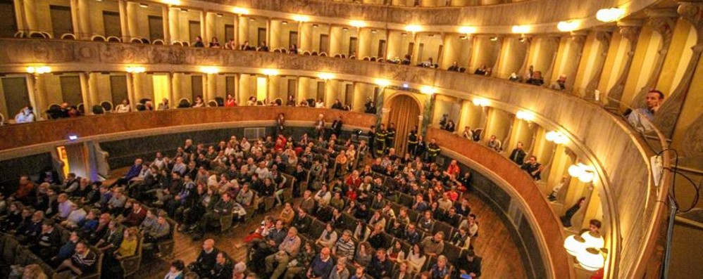 Benemerenze civiche al Teatro Sociale