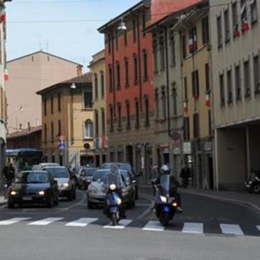 Borgo palazzo rinascono i negozi sfitti porte aperte ad for Negozi di arredamento bergamo