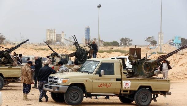 Cugino Gheddafi, Isis ha armi chimiche