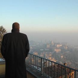 Il bollettino: inquinamento in calo Ma forse è solo merito del vento