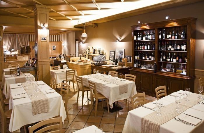 Tavoli al Gigianca di via Broseta a Bergamo