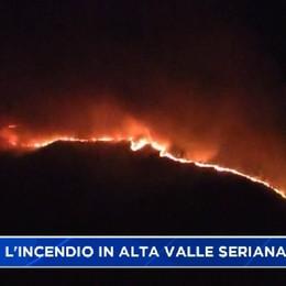 Incendio nei boschi sopra Gromo e Valgoglio