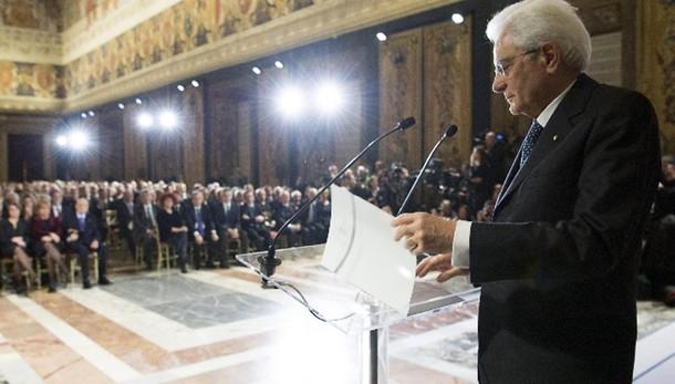 Mattarella, su immigrazione serve più Ue