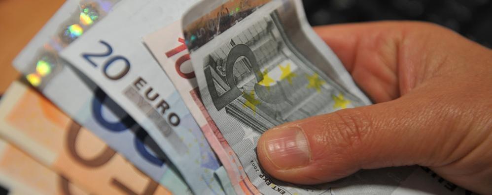La famiglia tipo? Reddito di 2.100 euro  Ma il 5% possiede il 30% della ricchezza