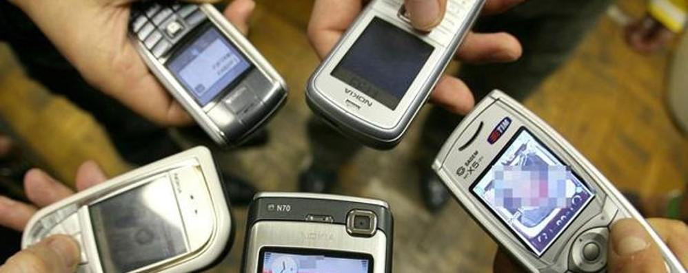 Hai l'ultima generazione di smartphone? I cellulari di 10 anni fa sono molto meglio
