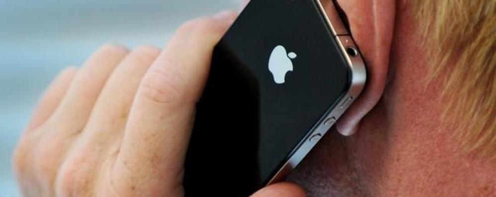 «iPhone e iPad in negozi specializzati» Dalla Russia sequestrati pezzi contraffatti