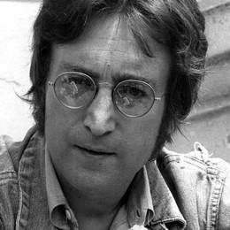 John Lennon moriva 35 anni fa Genio musicale   e icona di pace  - Video
