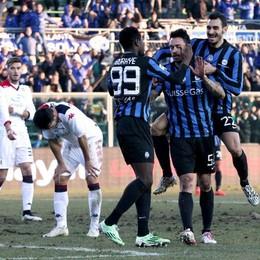 Pinilla non esulta dopo il gol vittoria