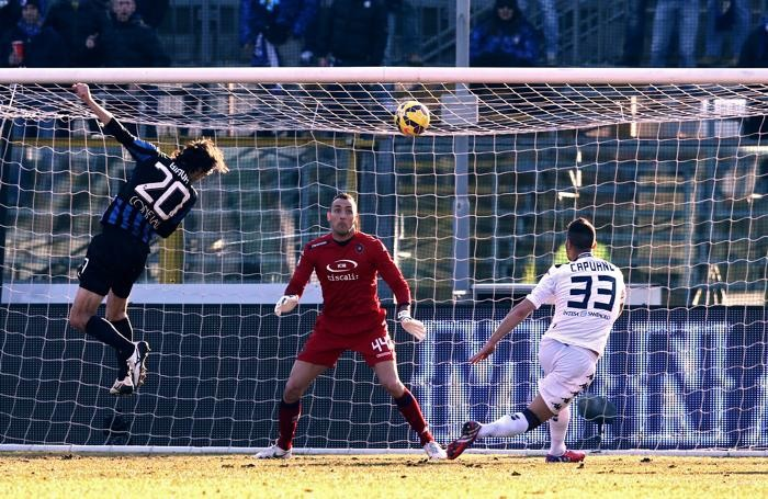 Il gol dell'1-0 di Biava al 18' pt
