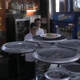 I camerieri volano, sono robot Ma è meglio non ordinare la zuppa
