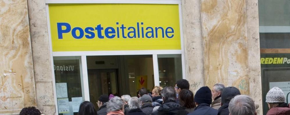 Chiudono gli uffici postali a Bergamo I sindacati: decisione inaccettabile