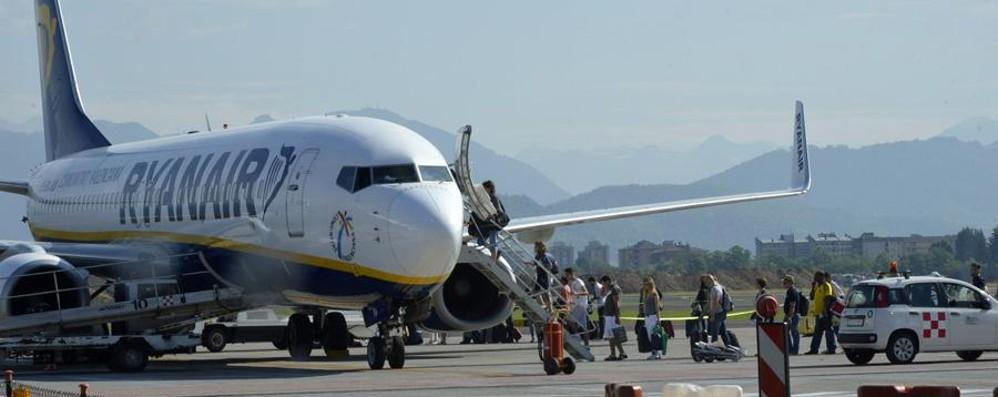 Aeroporto, i sindaci si ricompattano «I voli notturni siano cancellati a Orio»