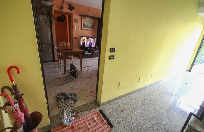 Il luogo dell'aggressione, il soggiorno della casa di viale Padania