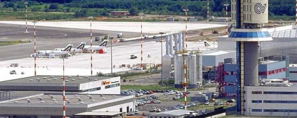 Maroni: Malpensa hub passeggeri «Cargo? Alitalia non ha capito»