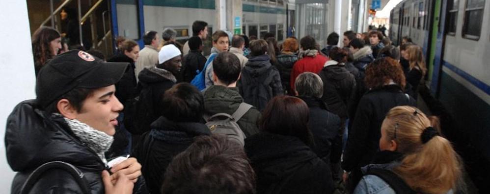 Treni, ritardi del dicembre 2012 Una class action con il Codacons