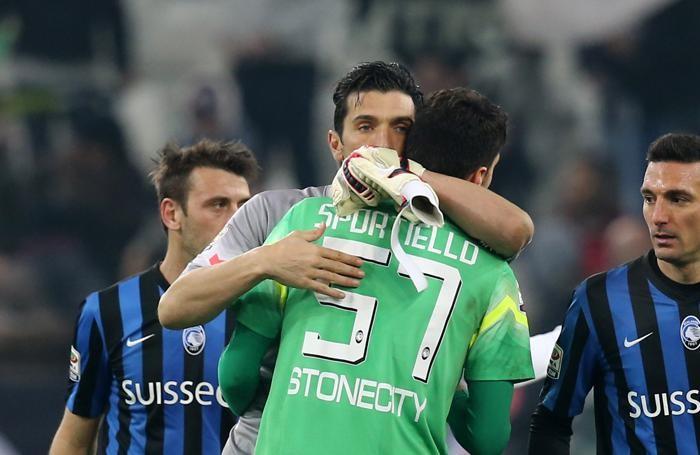 Sportiello e Buffon a fine partita