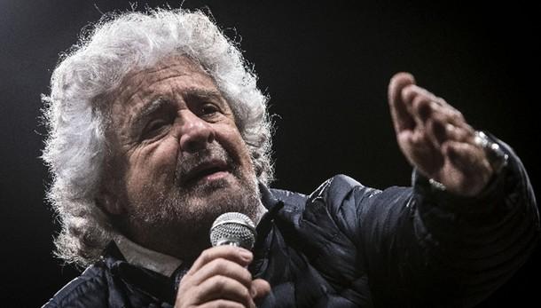Grillo,se cade M5S a rischio democrazia