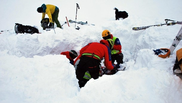 Valanga in Svizzera,italiani tra vittime