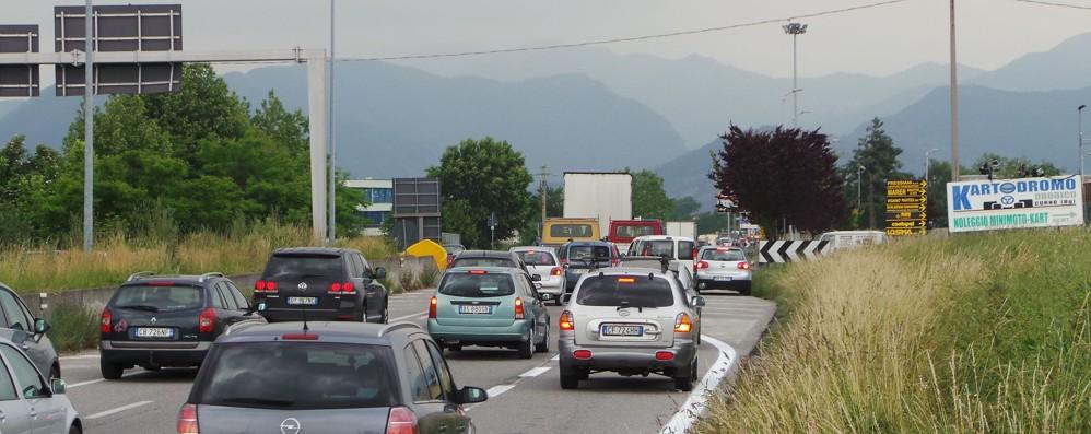 Variante Villa d'Almè-Dalmine Nodi critici a Valbrembo e Curno