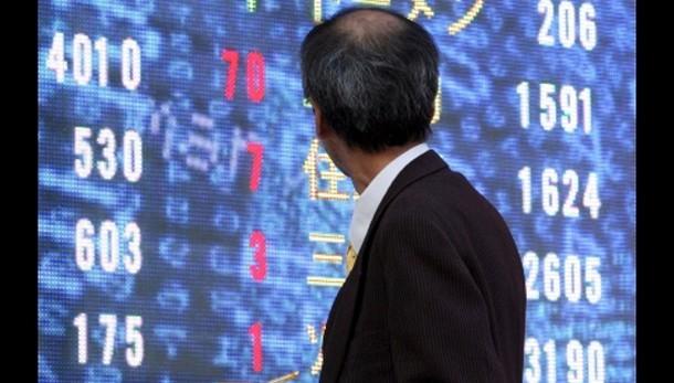 Borsa: Tokyo, apertura in lieve calo