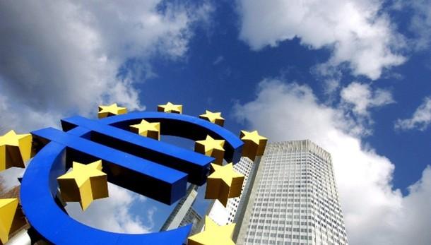 Cambi: euro stabile a 1,1328 dollari