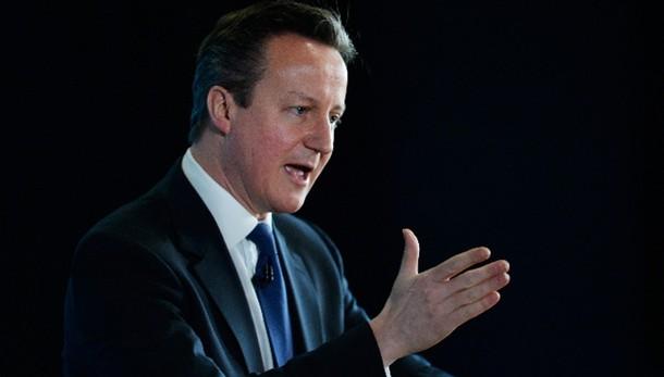 Cameron, consiglieri militari in Ucraina