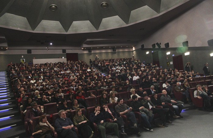L'anteprima del film «Io, Arlecchino» al cinema Conca Verde