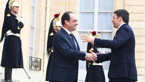 Libia: Hollande, appoggio sforzi Italia