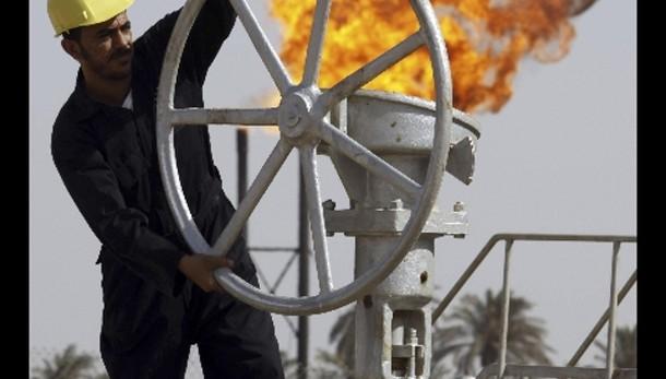 Petrolio: in calo a 48,91 dollari