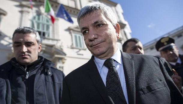 Vendola, serve sinistra che sfidi Renzi