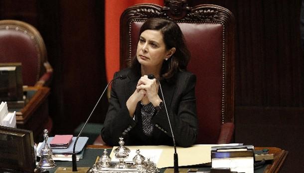 Boldrini, no i vitalizi ai corrotti