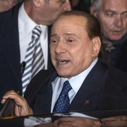 Compattare la Destra Berlusconi annaspa