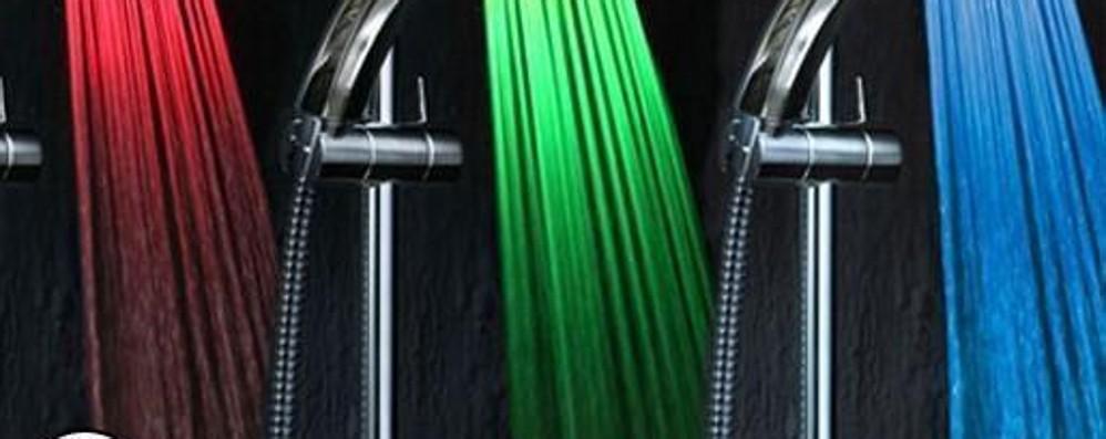 La tecnologia a led avanza Ma  la doccia a colori è un po' kitsch