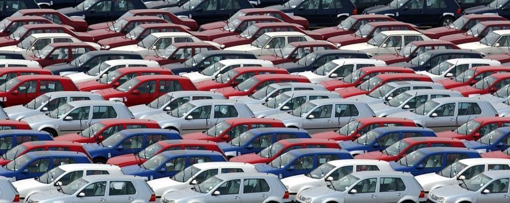 Quale auto consuma di più? Ecco la classifica delle «assetate»