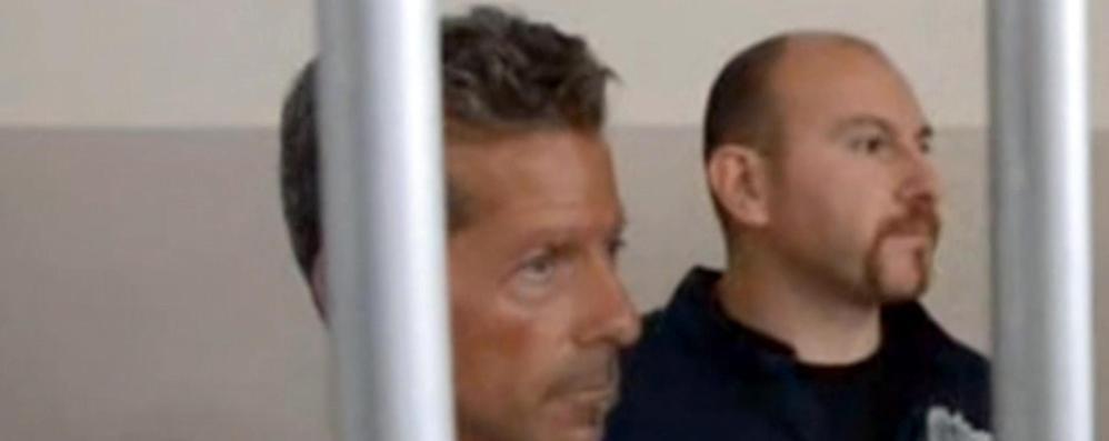 I carabinieri del Ros interrogano un compagno di carcere di Bossetti