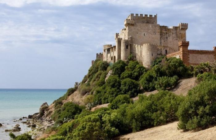 Il castello di Falconara