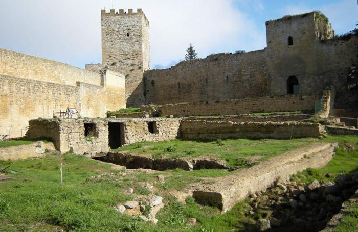 Il castello di Lombardia