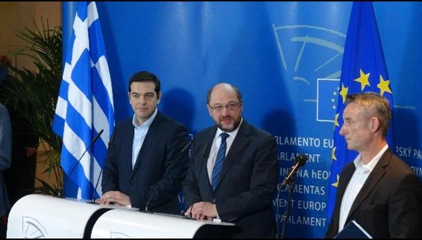 Grecia: Vendola, vero ricatto da Bce