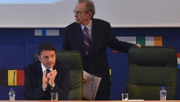 Ue: Pil Italia 2015 +0,6%. 1,3% in 2016
