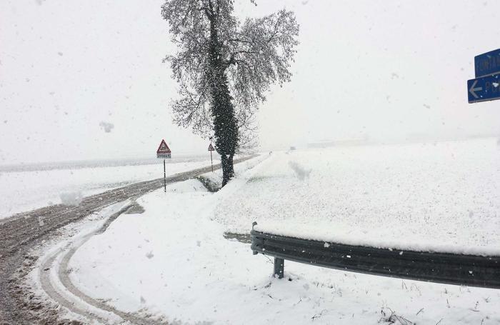 Fontanella sotto la  neve
