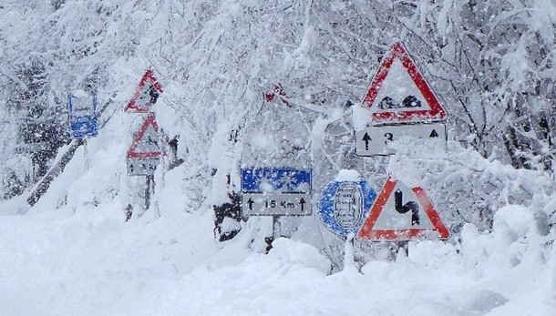 Maltempo: ancora neve, ritardi treni