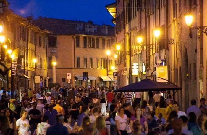 Movida in Borgo S. Caterina