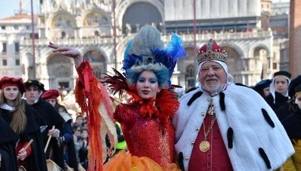 Carnevale: Venezia, 'Vola l'Angelo'
